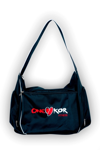 ONEKOR - BLACK SLEEVE BAG